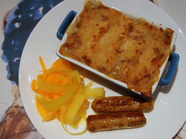 Leek and lentil pie