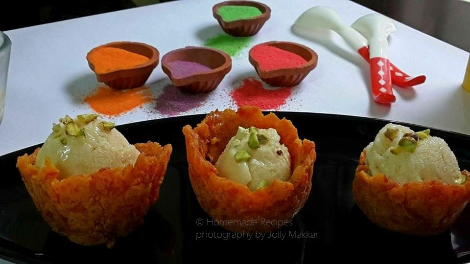 Thandai Ice Cream Recipe, How to make Thandai Popsicle | Thandai Ice Cream with Gajar Halwa Cups