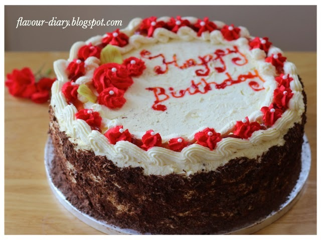 Chocolate Cake with fresh cream frosting | Butter less cake