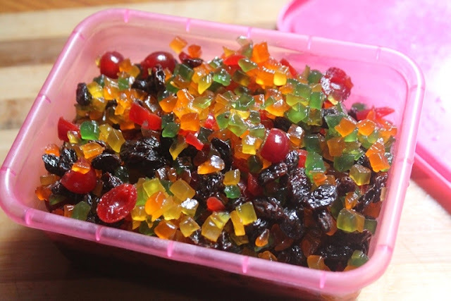 How to Soak Dried Fruits for Christmas
