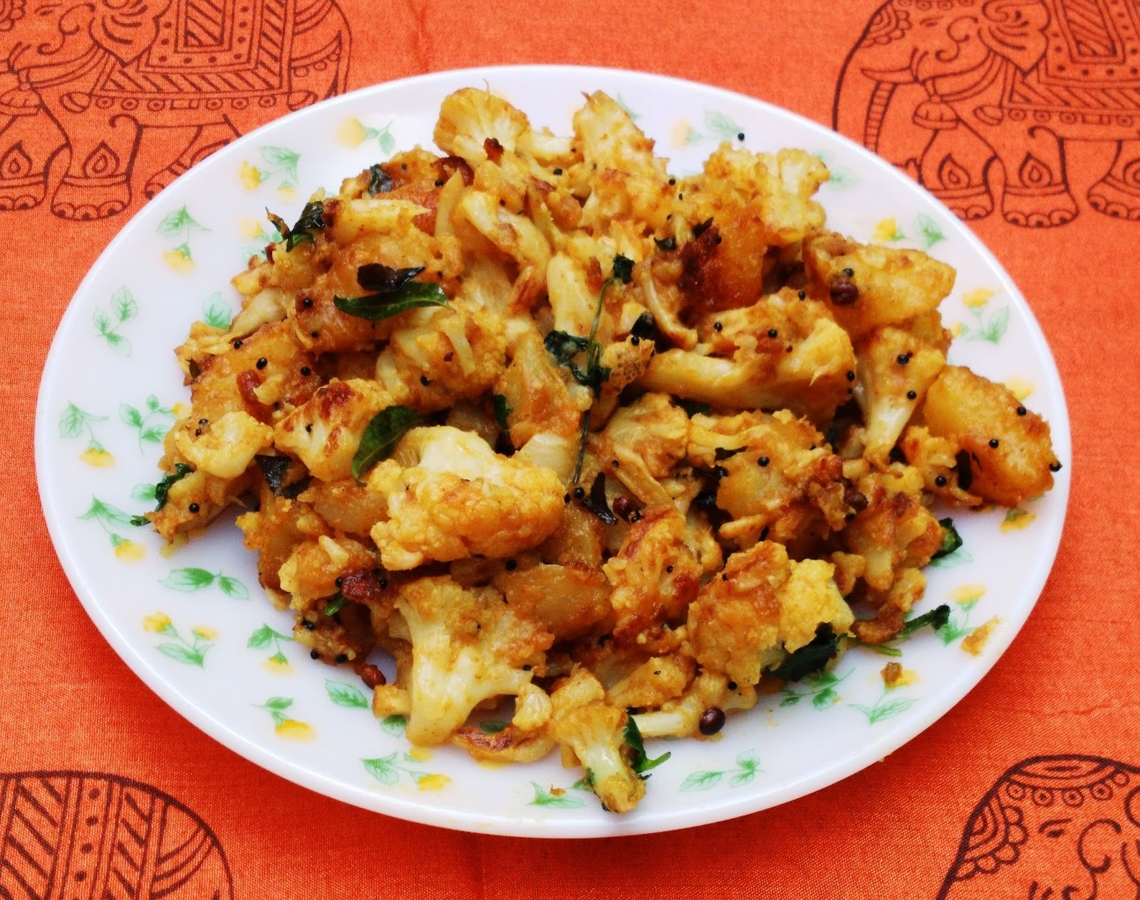 Spicy Cauliflower and Potato Curry