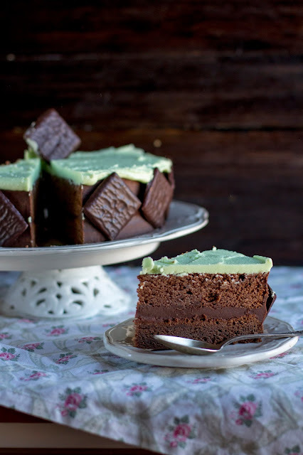 Bizcocho de chocolate y menta con after eight