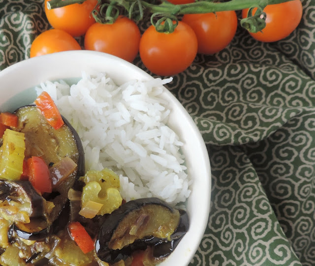 A Fruity Aubergine Curry