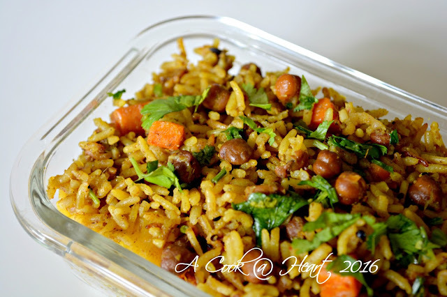 Chickpeas Pulav /Solanyacha Pulav (Pressure Cooker method)