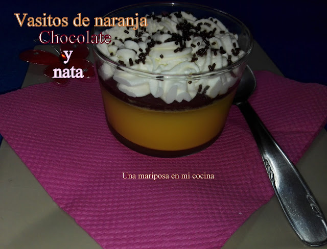 Vasitos de naranja chocolate y nata