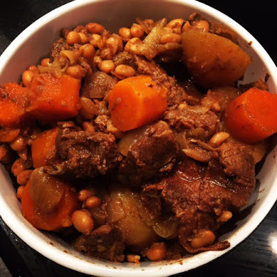 Hearty Slow Cooker Beef and Bean Stew