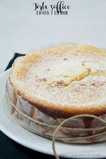 Torta soffice ricotta e limone senza burro / No-butter ricotta cheese and lemon cake recipe