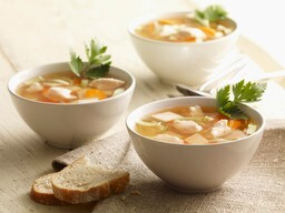 Slimming World - Chicken soup with garlic bread