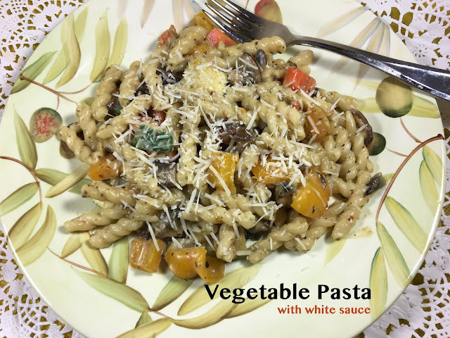 Vegetable Pasta in White Sauce