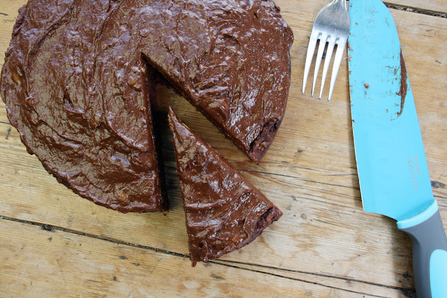 sugar-free beetroot and chocolate cake with an avocado banana chocolate frosting