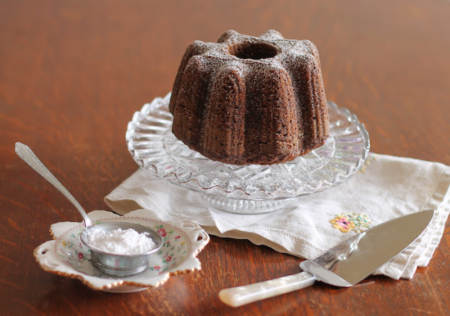 Yorkshire Parkin Mini Bundt #BundtBakers