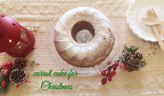 Vegan carrot cake for Christmas.-