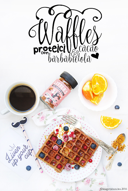 Waffles proteici con barbabietola e cacao | Protein cocoa & beetroot waffles