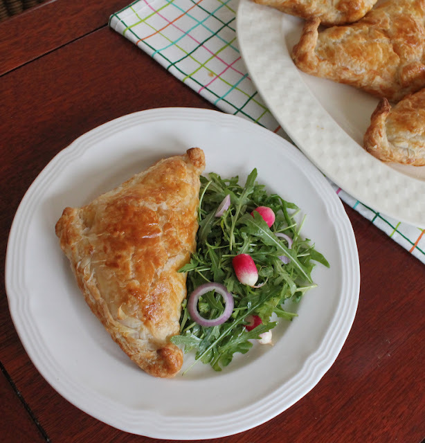Creamy Leek and Chicken Hand Pies #FridayPieDay