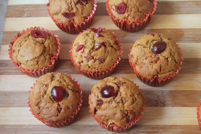 Cherry Cupcakes Recipe - Eggless Whole Wheat Cherry Cupcakes Recipe