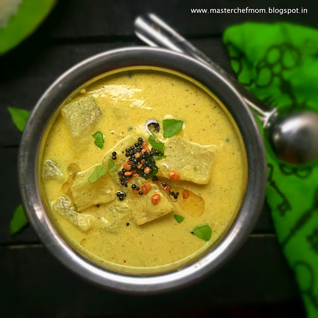Mor Kuzhambu | Tam Brahm Style Mor Kuzhambu |Poosanikkai Mor Kuzhambu |South Indian Style Ash Gourd Yoghurt Curry | Quick and Easy Recipe with Stepwise Pictures