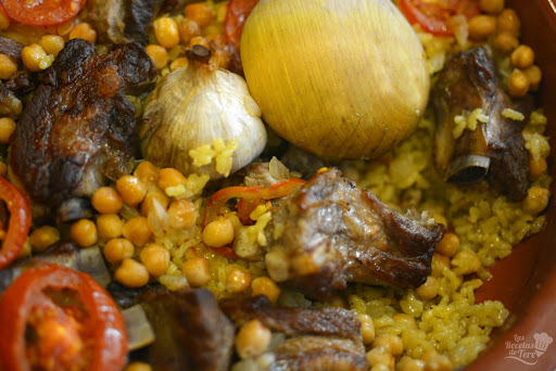 Arroz al horno con costillas