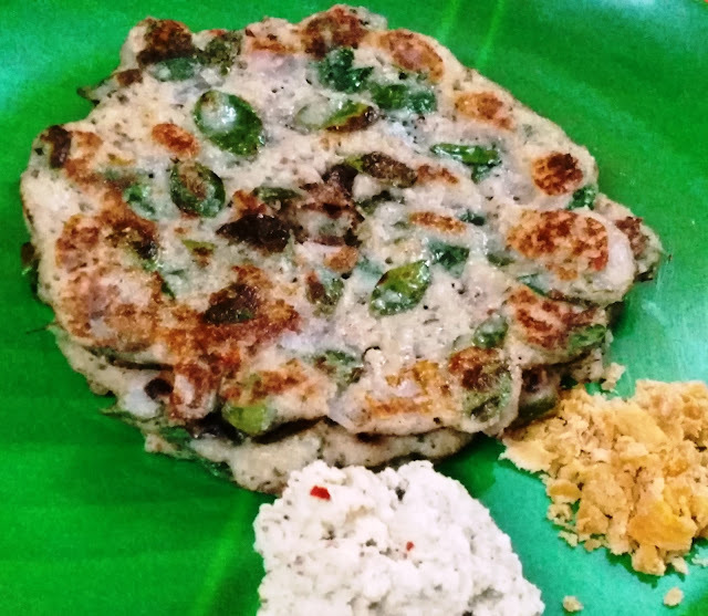 Muzhu Ulunthu & Thinai Adai (Spicy Whole blackgram & Foxtail Millet dosa)