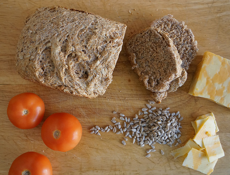 Wheat bread with sunflower seeds