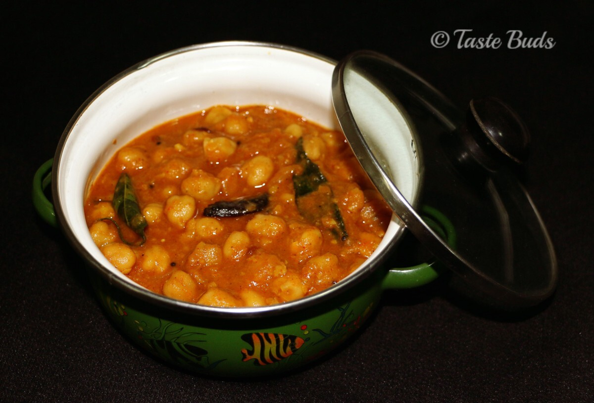 White Chick Peas/Vella Kadala Curry