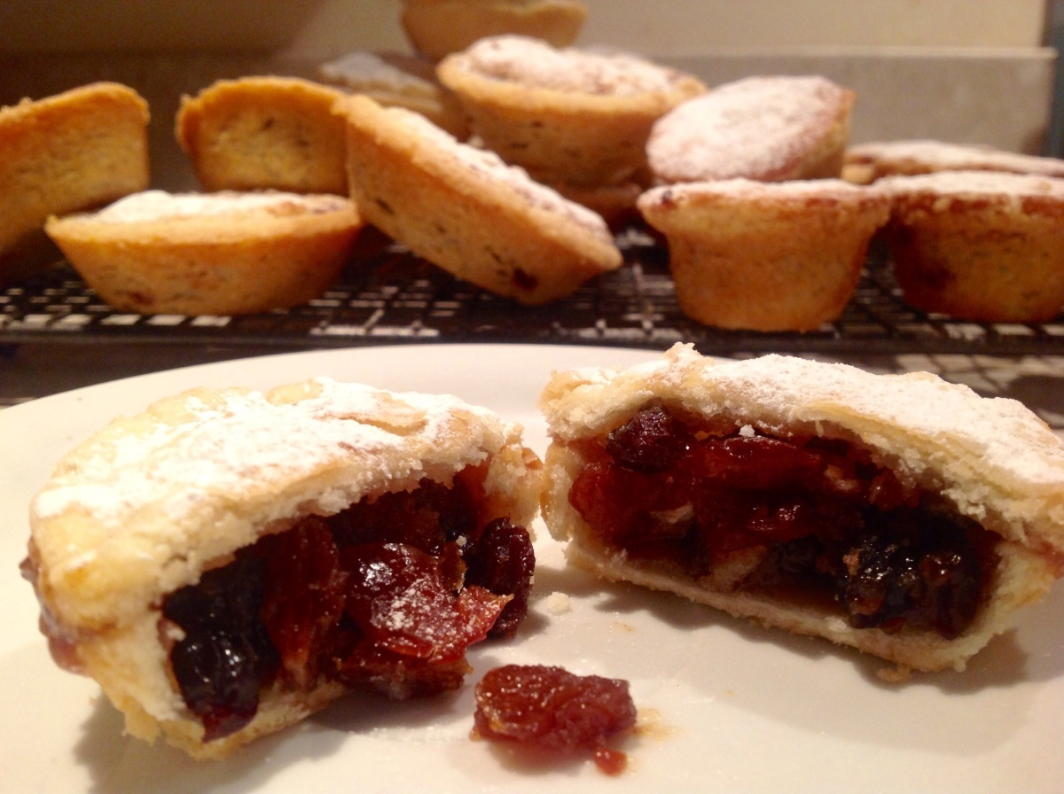 Shortbread mince pies with brandied cherry purée & a macaroon topping