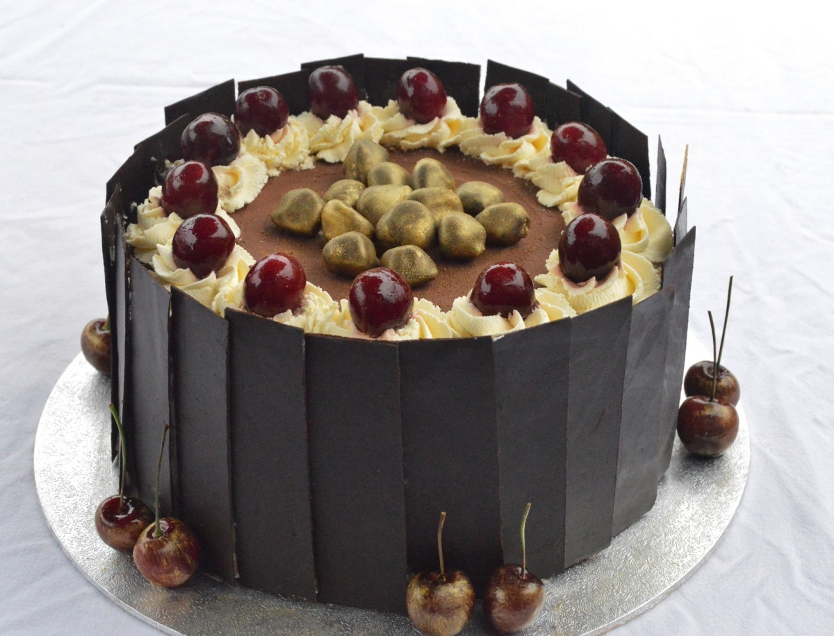 Black forest gateau with caramel glazed cherries