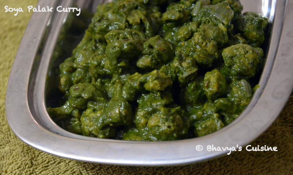 Soya Palak Curry