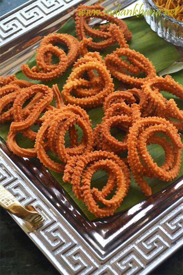 Kara Mullu Murukku Recipe | Spicy Murukku | Diwali Snacks Recipe