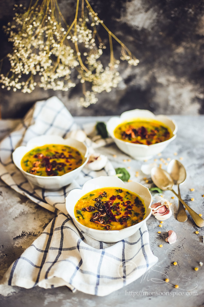 Lasooni Dal Palak Recipe | Quick and Easy Dal or Lentil Soup Recipes