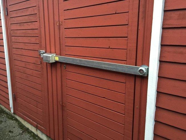 Låsbom 1200 mm kraftiga, svensktillv. stål