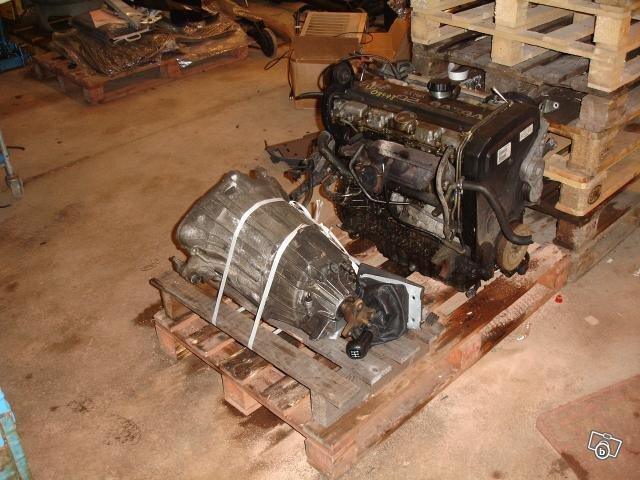 Volvodelar dörrar huvar motorer 940 v70 850