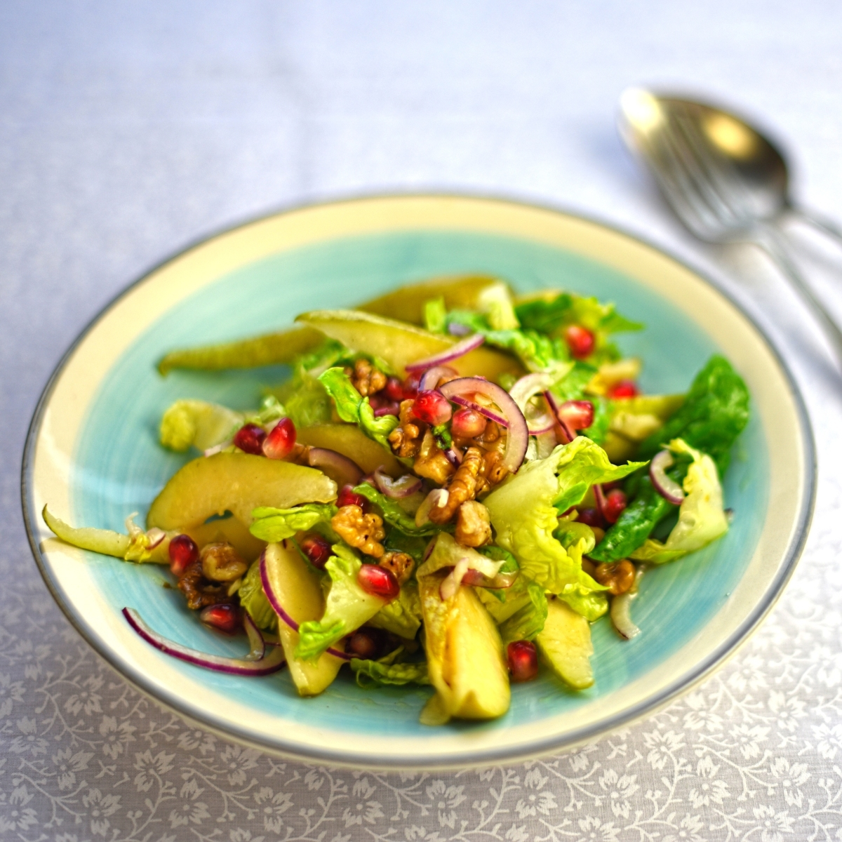 pear, walnut and pomegranate salad