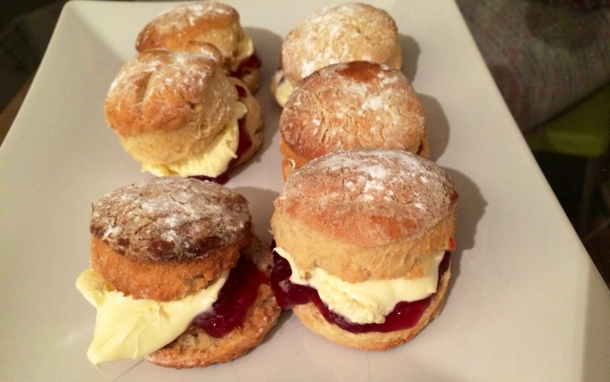 Leetle scones , jam and cream and chicken pie and roasties