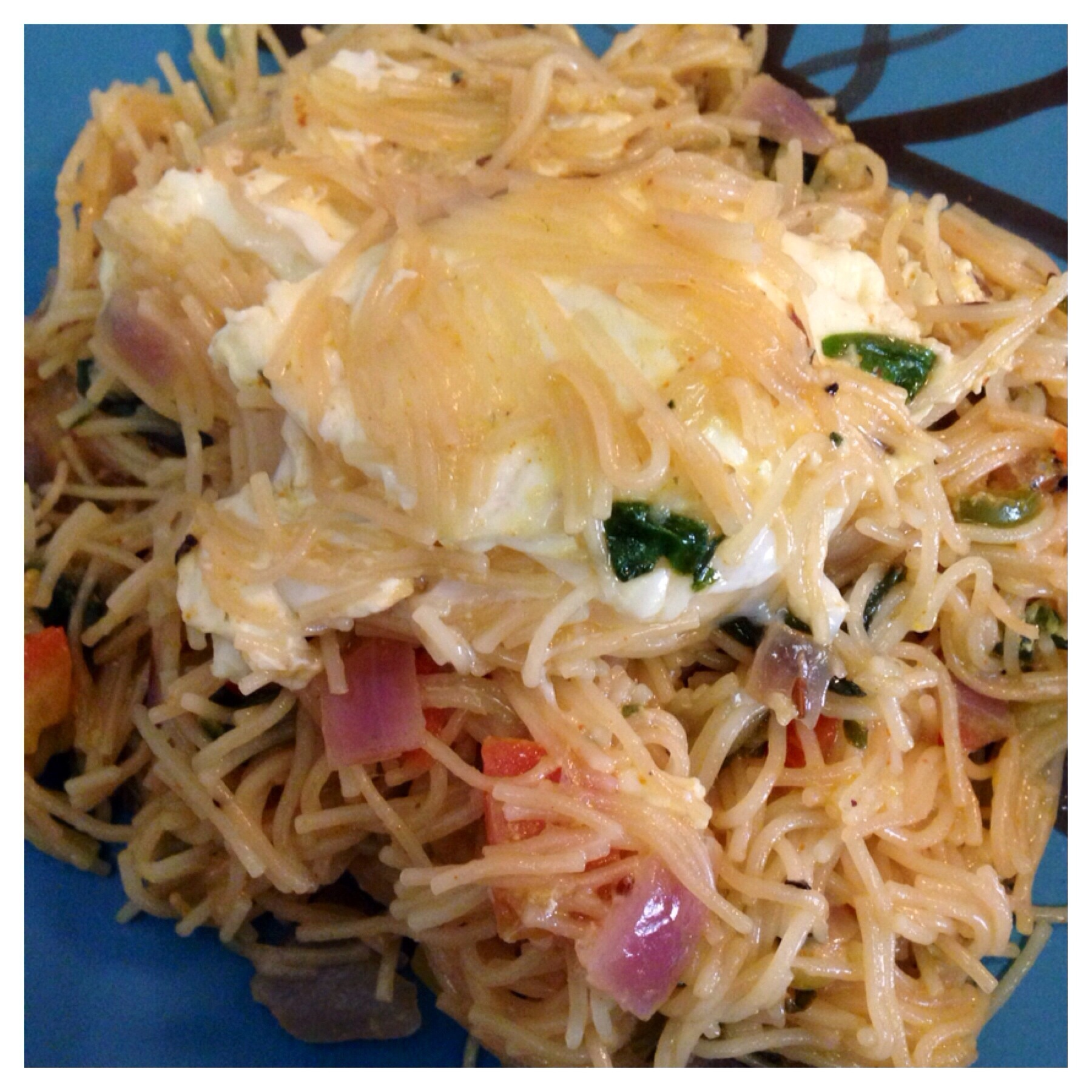Poached eggs Seviyan (Vermicelli Upma)