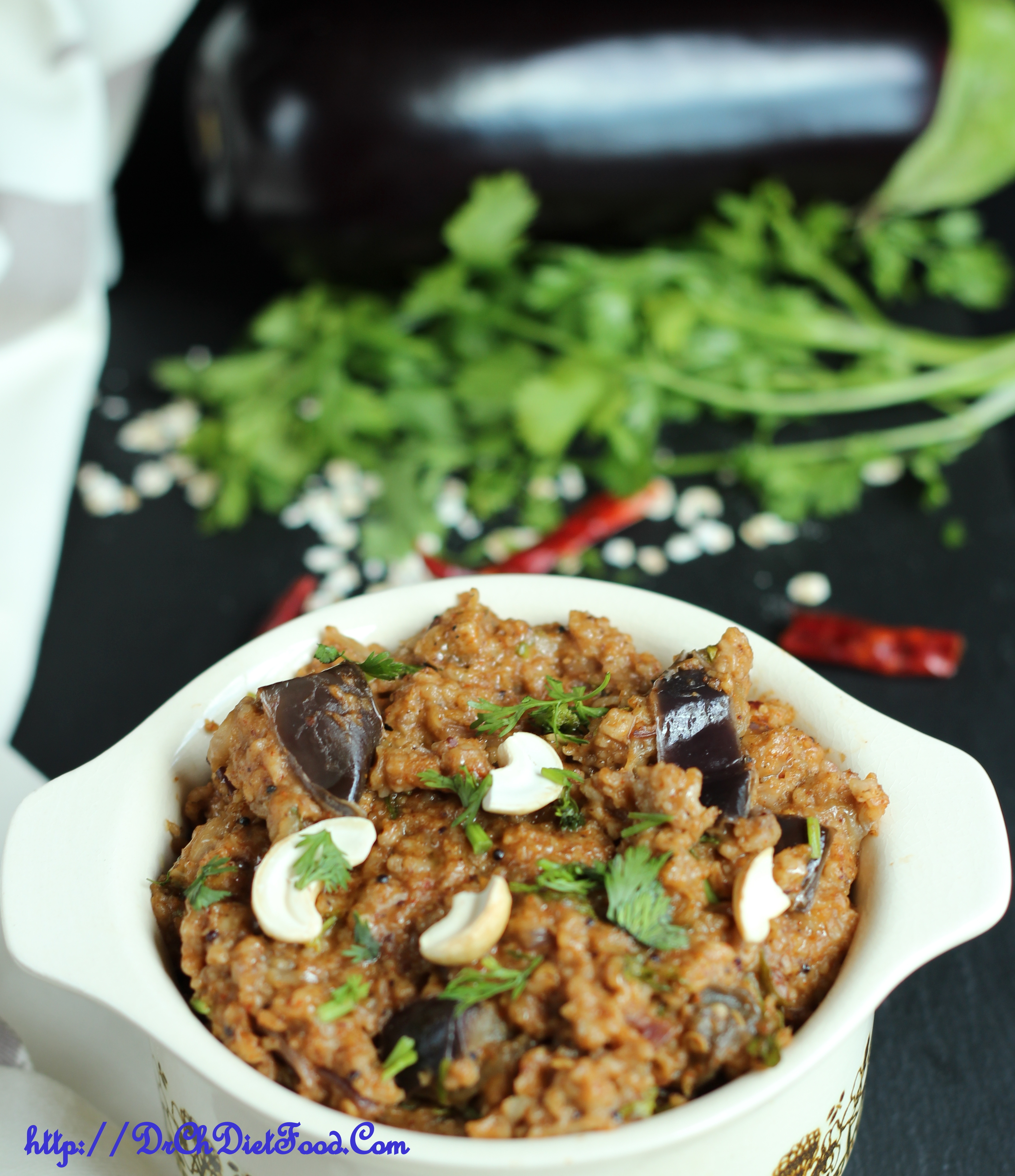 Oats and Aubergine – Savoury Porridge/Vangibath