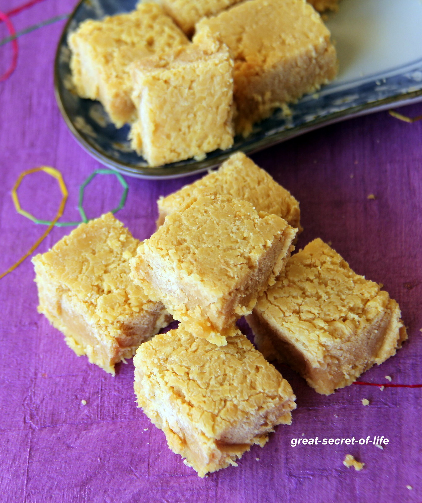 7 cup cake - Seven Cup Cake - 7 cup burfi - Simple Deepavali recipe - Simple Diwali recipe - Simple Indian sweet recipe