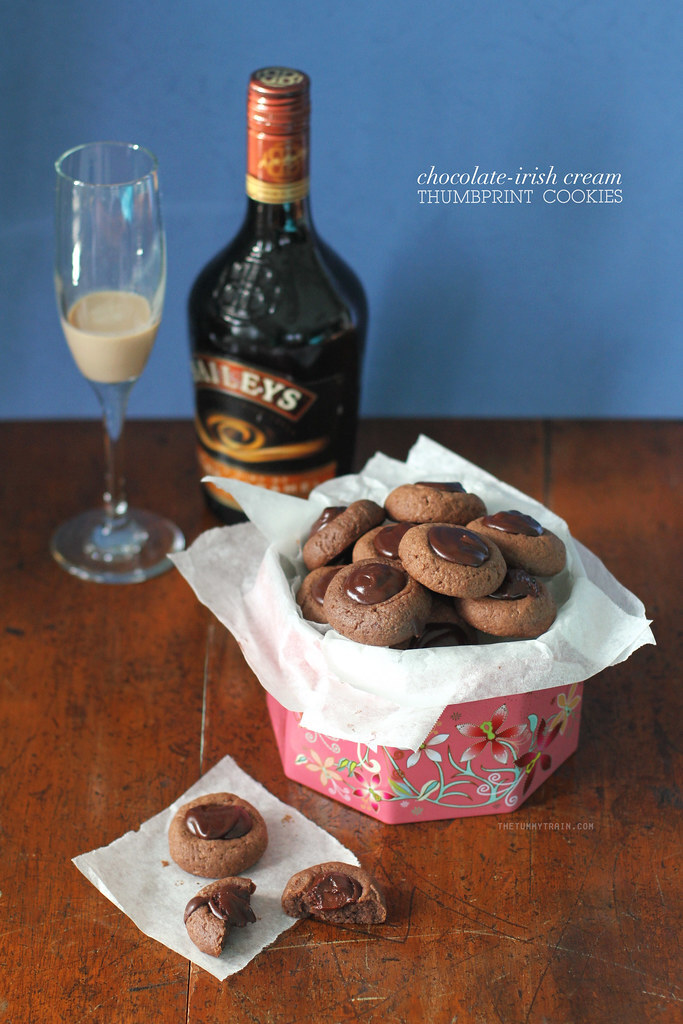 2015 Blog Resolutions + Spiked Chocolate Thumbprint Cookies