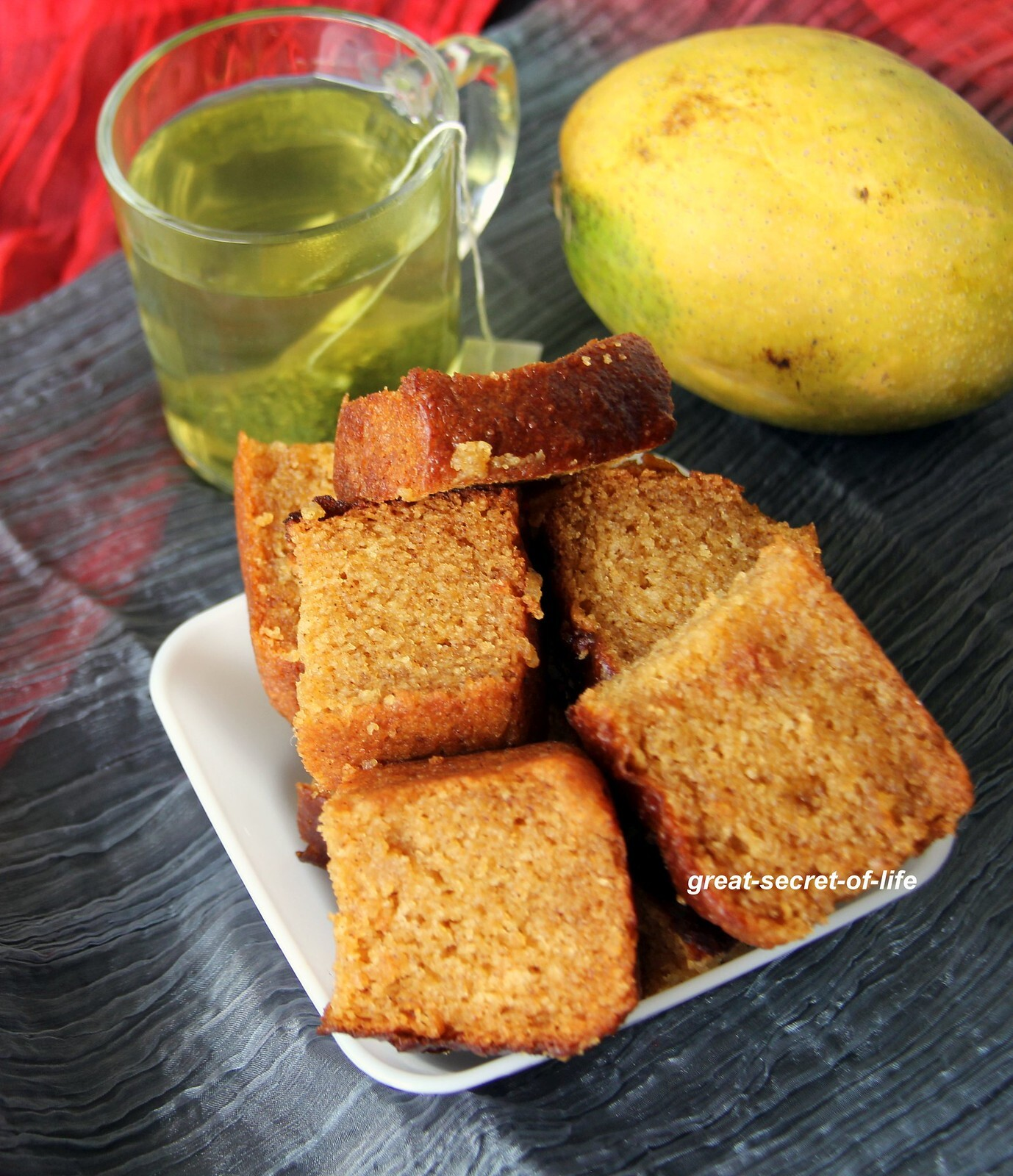 Eggless Mango Cake - Summer treat - Simple eggless baking recipe