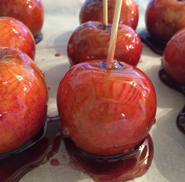 Simple Toffee Apples