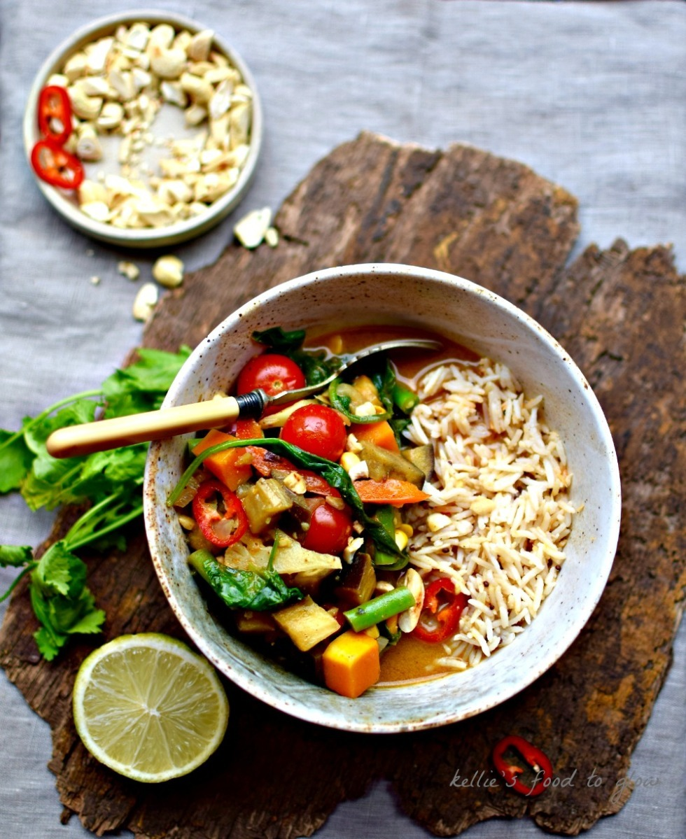 Creamy Thai 10-Vegetable Curry