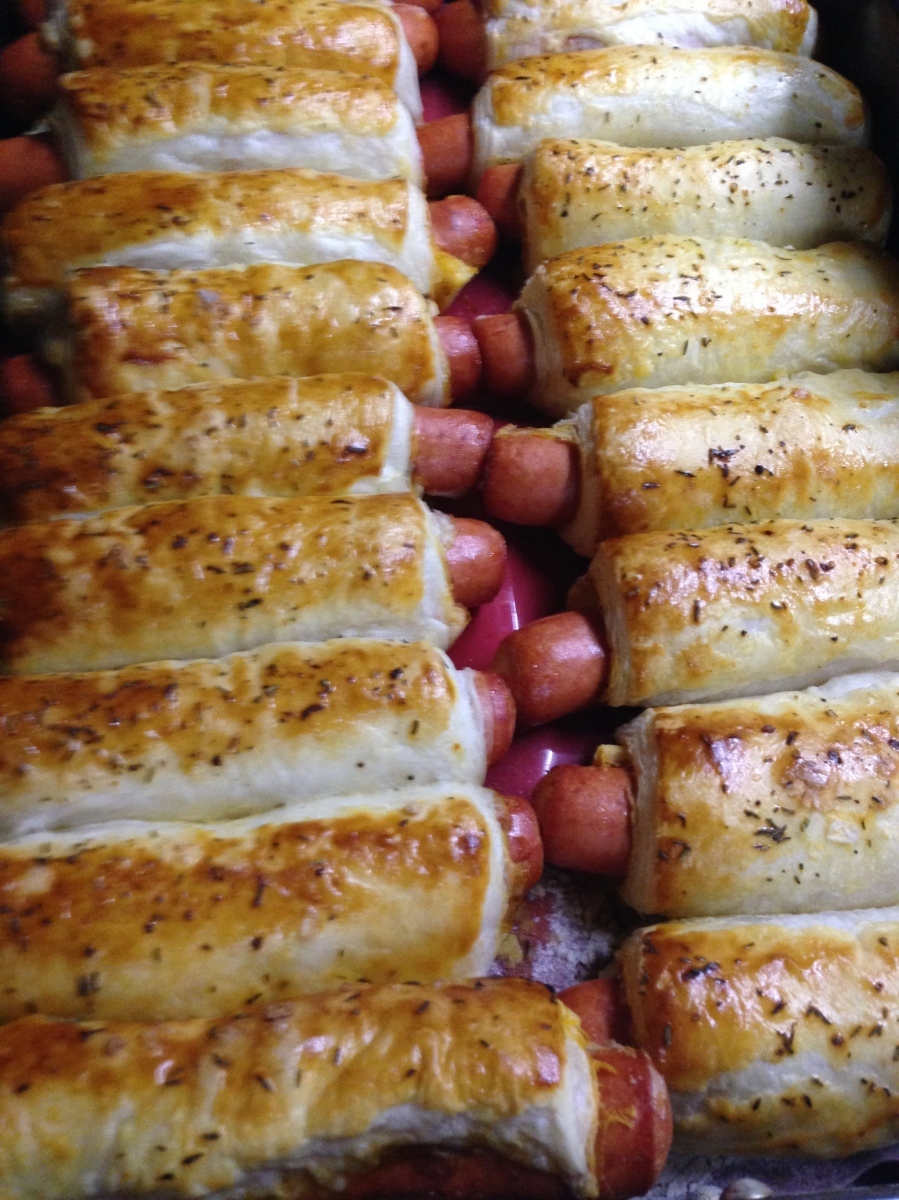 JEW-ISH HOT DOG SAUSAGE ROLLS