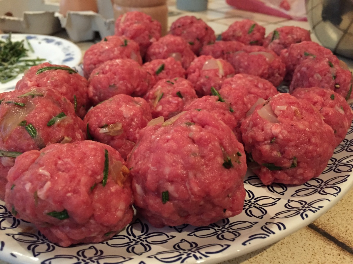 Easy meatballs recipe: how to achieve Italian perfection in your own kitchen!