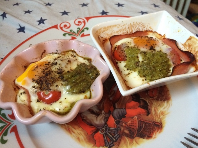 Egg med pesto