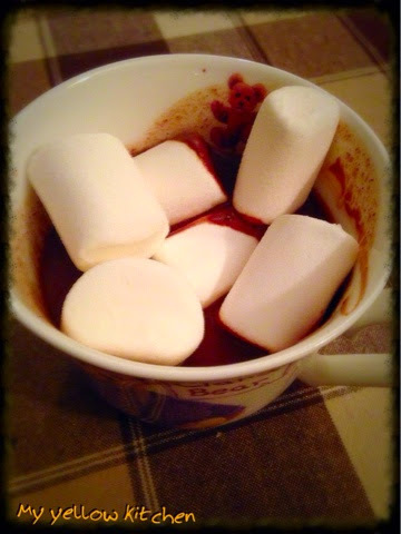 "Foodfiction #8: ""Kraina lodu"" - Hot chocolate&matshmallows"