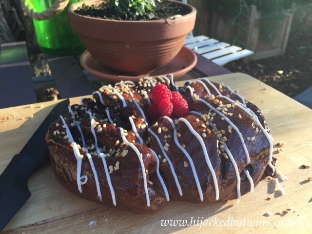 Chocolate, Apple and Cinnamon Couronne