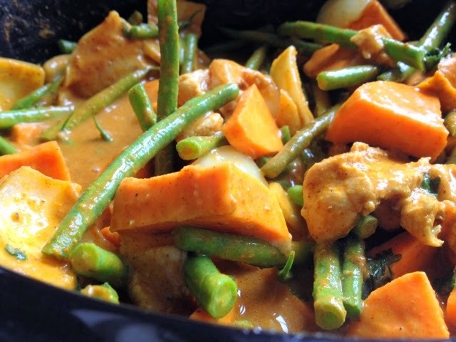 Chicken And Sweet Potato Slow Cooker Curry