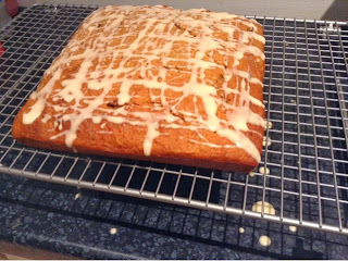 golden syrup tray bake