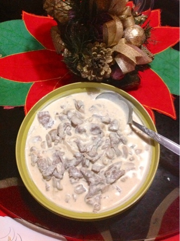 Creamy and cheesy beef with mushroom
