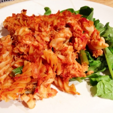 TUNA PASTA BAKE WITH VEGETABLE TOMATO SAUCE & LENTILS