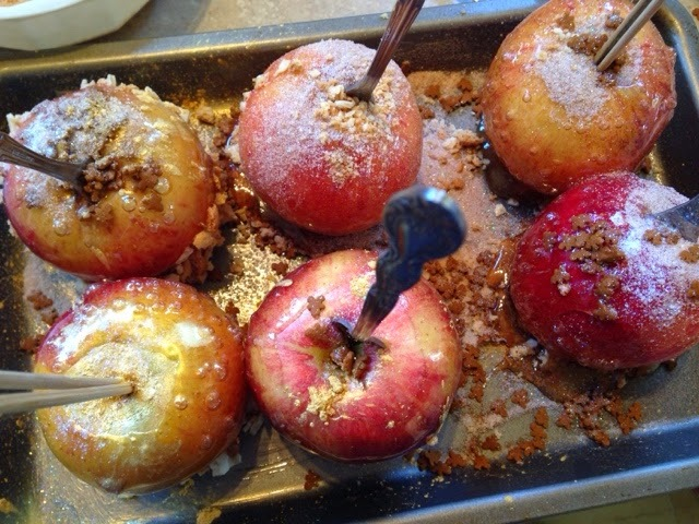 Halloween- Maple Toffee Apples and Pumpkin Bread